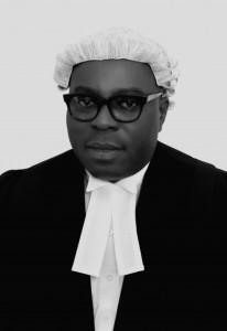 Dr. Tunde Oshinowo